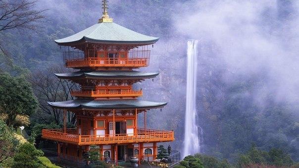 Нати и храм сэйганто дзи япония